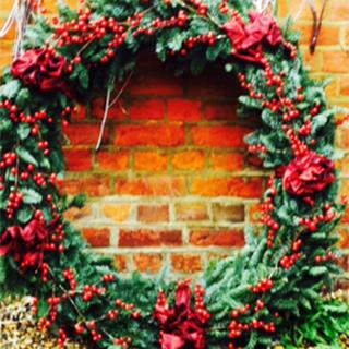 Fleurs-amanda-Surrey-bouquets-wreath-christmas-5