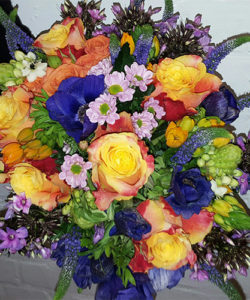 Fleurs-amanda-weybridge-Surrey-bouquets-office-flowers