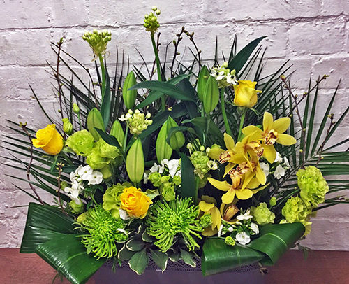 Fleurs-amanda-weybridge-Surrey-bouquets-office-flowers-yellow