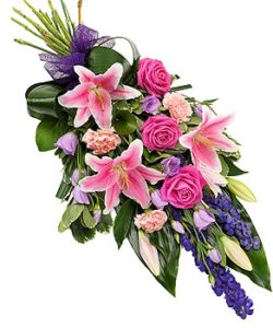Fleurs Amanda-Weybridge-Surrey-Funeral-Flowers-sprays-sheafs