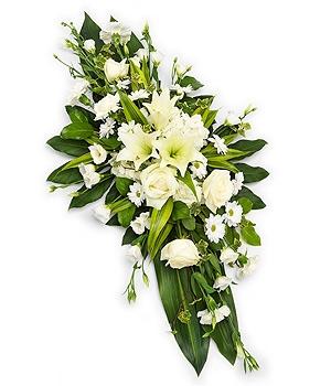 Fleurs Amanda-Weybridge-Surrey-Funeral-Flowers-sprays-sheafs-white-roses