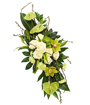 Fleurs Amanda-Weybridge-Surrey-Funeral-Flowers-sprays-sheafs-white-roses-anthurium.
