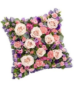 Fleurs-amanda-Surrey-funeral-flowers-pink-cushion