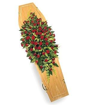 Fleurs-amanda-Weybridge-funeral-flowers-Red-Rose-Casket-Spray