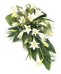 Fleurs-amanda-Surrey-funeral-flowers-White-Lily-Spray