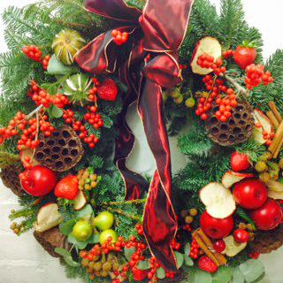 Fleurs-amanda-Surrey-wreaths-christmas