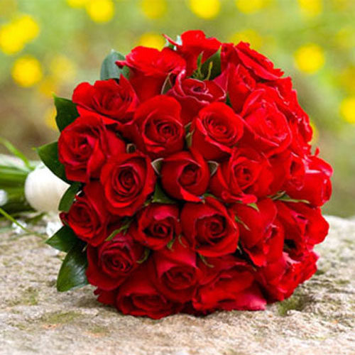 Fleurs-amanda-Surrey-Valentine's-day-Red-Roses-24