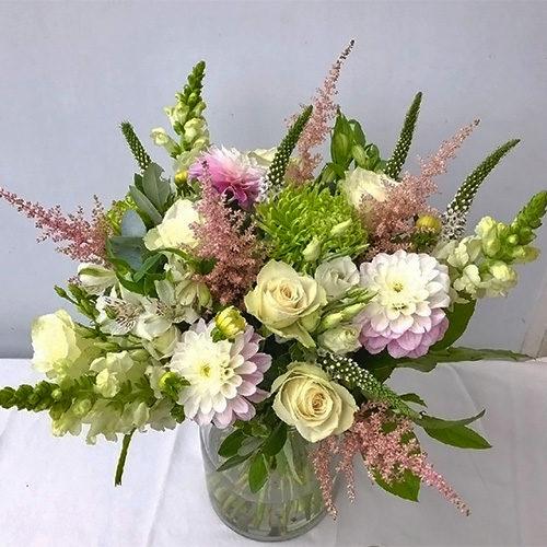 Fleurs-amanda-Surrey-Wedding Flower-bouquets